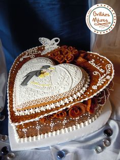 Szív a szívben Croquembouche, Cookie Box, Royal Icing, Wedding Cakes, Cheesecake, Birthday Cake, Cookies, Desserts, Pie Cake