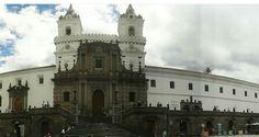 Está iglesia es una de las más hermosas que hay en Quito, guarda muchos secretos visitenla. Se llama iglesia San Francisco #Ecuador #Quito_hermoso