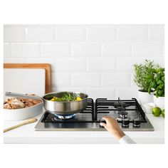 Gas burners give you better control over the heat and cooking time. Ikea Appliances, Gas Range Cookers, O Gas, Home Chef, Base Cabinets, Kitchen Accessories, Cooking Time, Piano, Stainless Steel