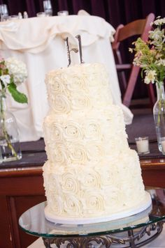Save the top tier of your wedding cake to eat on your first wedding anniversary.