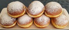 Topfenstollen mit Marzipan-Spekulatiusfülle – Gluecksbackstube Marzipan, Food And Drink, Peach, Baking, Kitchens, Bee Cakes, Cream Pie, Bakken, Peaches