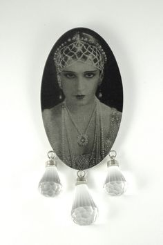 Katarina Kotselainen - Drama Queen - Brooch - Silver, print, rock crystal  2009
