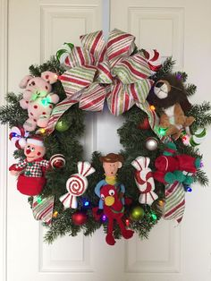 Rudolph the Red-Nosed Reindeer Island of Misfit Toys Holiday/Christmas Wreath  (Make Front Door)