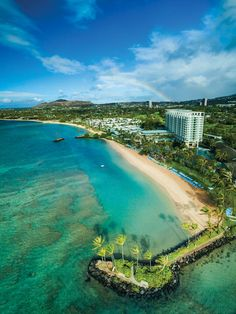 Beachside accommodations at The Kahala Hotel and Resort in Honolulu