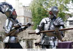 tower-of-london-15-century-replica-armour-two-knights-dueling-fighting-cnrwrk.jpg 640×447 pixels