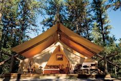 """""""Glampingmoon: Because there's nothing sexy about bug spray"""" What's Your #Honeymoon Personality? Fun #YahooTravel article by #AnneRoderiqueJones . #Glamping #Travel #Wedding @resortatpawsup  @yahootravel"""
