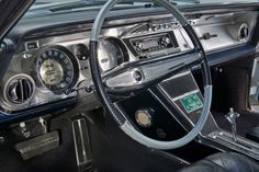 Buick Riviera, 1963 - Steering wheel, dashboard