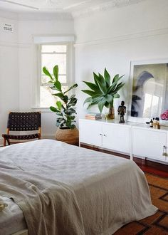 Love this eclectic organic beach style space and decor