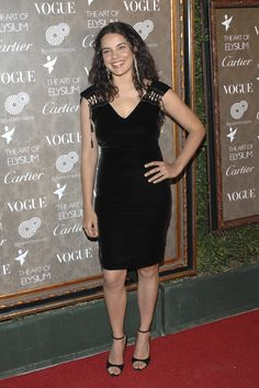 Zuleikha Robinson was born on 29 June 1977 Zuleikha Robinson, Do I Wanna Know, Brunette Girl, Vogue, Hollywood, Actors, Formal Dresses, 29 June, Beautiful