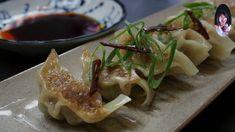 """How to make Japanese style """"gyoza"""" Japanese House, Japanese Style, Japanese Food, Dumpling, Healthy Cooking, Sushi, Dishes, Meat, Ethnic Recipes"""