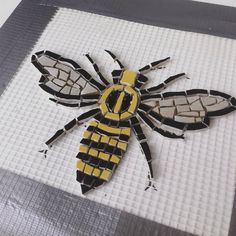hen I saw this black and yellow broken plate I knew what it Was going to BEE 🐝 Mosaic Tile Table, Mosaic Tile Art, Mosaic Artwork, Pebble Mosaic, Mosaic Glass, Paper Mosaic, Mosaic Crafts, Mosaic Projects, Mosaic Tile Designs