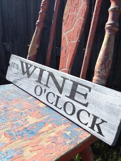 It's Wine O'Clock Wood Sign reclaimed wood Vintage Wine Signs, Beer Signs, Wood Pallet Signs, Wooden Signs, Wine Mixed Drinks, Cricut Vinyl Cutter, Barn Wood Crafts, Weekend Crafts, Wine Craft