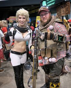 and me Her Nuka Girl was dope. Fallout Cosplay, Pip Boy, Fall Out 4, Fallout New Vegas, Punk, Amazon, Collection, Instagram, Fashion