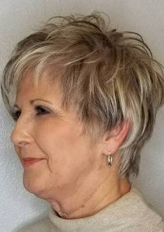 Simple and Stylish Tricks: Shaggy Haircuts Shag Hairstyles older women hairstyles half up.Women Afro Hairstyles Street Styles women hairstyles over 50 posts. Shaggy Short Hair, Short Shag Hairstyles, Haircuts For Fine Hair, Messy Hairstyles, Pixie Haircuts, Wedding Hairstyles, Medium Hairstyles, Updos Hairstyle, Short Hair Over 50