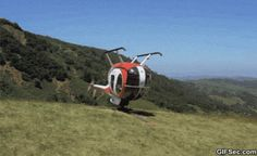 Drunk helicopter - www.gifsec.com
