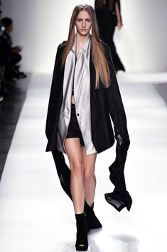 Ann Demeulemeester Spring 2013 Ready-to-Wear Collection Photos - Vogue