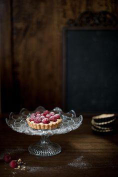 raspberry tart by magshendey, via Flickr