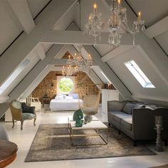 15 attic rooms that you would like to tidy up as quickly as possible . up room attic rooms that you want to tidy up as quickly as possible . - attic rooms that you would like to tidy up as quickly Attic Master Bedroom, Attic Bedrooms, Bedroom Loft, Huge Bedrooms, Attic Bedroom Storage, Diy Bedroom, Loft Bathroom, Bathroom Grey, Extra Bedroom