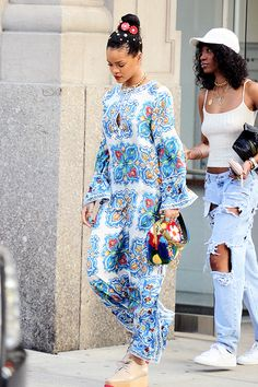 May 29: Rihanna out in NYC