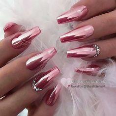 35 beautiful chrome coffin nail art designs - chrome nail is a popular nail art . - 35 beautiful chrome coffin nail art designs – chrome nail has been a popular nail art design in r - Pink Chrome Nails, Chrome Nail Art, Rose Gold Chrome, Metallic Nails, Cute Acrylic Nails, Acrylic Nail Designs, Pink Nails, Nail Art Designs, Metallic Colors