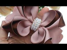 Satin Ribbon Flowers, Ribbon Art, Diy Ribbon, Ribbon Crafts, Ribbon Bows, Fabric Flowers, Diy Hair Bows, Diy Bow, Hair Scarf Styles