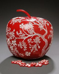 Gourd 11—Apple with apple tree