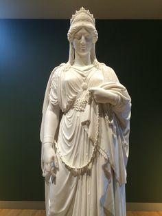 Detail - Harriet Hosmer | Zenobia in Chains - 1859.