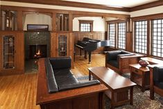 Craftsman living room with wainscoting/paneling -- Seavey Builders, Inc., seaveybuildersinc.com-- Troy Thies Photography