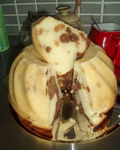 """""""wet"""" bunt cake - must try! Easy No Bake Desserts, Fun Desserts, Eastern European Recipes, Russian Cakes, Bunt Cakes, Czech Recipes, Sweet Cakes, Desert Recipes, Sweet Recipes"""