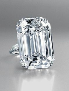 Lady 925 Sterling silver 22ct White Sapphire Engagement Wedding Ring Size 6,7,8,9,10
