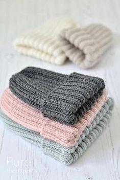 Knit Hat Pattern Easy, Easy Knit Hat, Beanie Knitting Patterns Free, Beanie Pattern Free, Baby Hats Knitting, Free Knitting, Knitted Hats, Simple Knitting Patterns, Easy Knitting Patterns