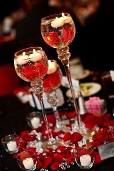 black and red wedding ideas are beautiful and wonderful. Furthermore if you add the white accent between those colors, the wedding decoration will be modern and stylish. Red Wedding, Wedding Table, Wedding Day, Floating Candles, White Candles, Wedding Centerpieces, Wedding Decorations, Centerpiece Ideas, Red And White Weddings