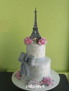cakelava: Elegant Parisian Birthday Cake http://cakelava.blogspot.de/2011/05/elegant-parisian-birthday-cake.html