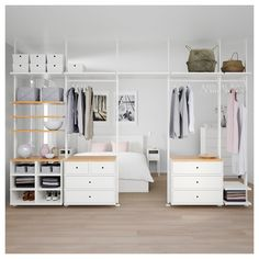 IKEA ELVARLI 5 sections White/bamboo 385 x 51 x cm You can always adapt or complete this open storage solution as needed. Maybe the combination we've suggested is perfect for you, or you can easily create your own. Ikea Closet, Room Closet, Elvarli Ikea, Dressing Ikea, Closet Designs, Cheap Home Decor, Home Furnishings, Home Accessories, Bedroom Decor