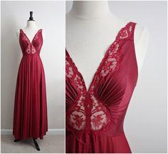 Vintage 60's Olga Nightgown Burgundy Slip Dress. Full Slip. Wedding Slip. Lace lingerie. Size S/M