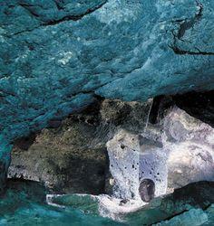 Yarımburgaz Cave, Küçükçekmece/Istanbul-Türkiye.