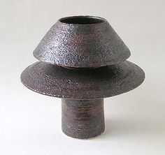 Hans Coper  #ceramics #pottery Unconventional form...something to try?