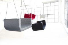ME Swinging chair.  Nergens het juiste vloeroppervlak?  ME & U ROCKING CHAIR is een gestoffeerde overtrokken schommel stoel hangend aan het plafond met 2 verstelbare stalen draden. Een leuk en opvallend meubel object accessoire.  Formaat: L 62 x D 40 x H 27 cm.  Te zien in onze showroom kleur geel.    1 op voorraad in de kleur Geel en een losse hoes in de kleur Paars.  Design: busk+hertzog,