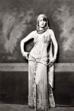 Ziegfeld Follies dancer Marion Benda