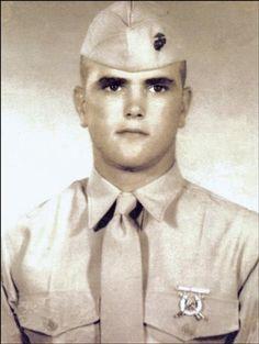 Virtual Vietnam Veterans Wall of Faces   NEIL W POTTER   MARINE CORPS