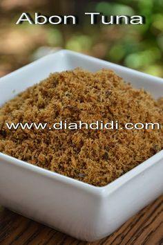 Diah Didi's Kitchen: Abon Tuna Pork Recipes, Fish Recipes, Asian Recipes, Cooking Recipes, Tuna Melt Recipe, Diah Didi Kitchen, Snacks To Make, Asian Desserts, Indonesian Food