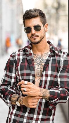 5 stylish sunglasses to stay lively in the heat awesome мода Men Sunglasses Fashion, Best Mens Sunglasses, Trending Sunglasses, Stylish Sunglasses, Guys Sunglasses, Festival Sunglasses, Sunglasses Holder, Discount Sunglasses, Moustache