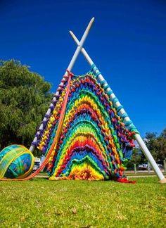 """Giant Knitting"" by Yallingup Steiner School recipient of Happs Wines Emerging Artist Award. Sculpture By The Bay project, Australia. Puzzle created by Image copyright: Yallingup Steiner School Art Au Crochet, Knit Art, Knit Crochet, Yarn Bombing, Giant Knitting, Knitting Yarn, Knitting Patterns, Knitting Needles, Needles Art"