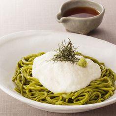 昭和4年創業のとろろ懐石料理店<浅草むぎとろ>より。【とろろそば詰合せ】 Japanese Food, The Best, Spaghetti, Good Food, Sweets, Healthy Recipes, Ethnic Recipes, Drinks, Summer