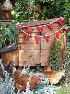 i'm sure the hens lay more eggs with a pretty bunting for their coop..... i think i'd also add twinkle lights....