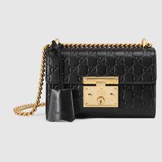 c8900099d6662 Padlock small Gucci Signature shoulder bag  Guccihandbags Gucci Padlock  Bag