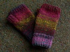 Finger-less Knitted Mitten