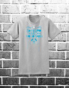 Camiseta Soy Negro Y En Mi Casa No Lo Saben. Puedes comprarla en: http://www.ilovegraffiti.es/producto/camiseta-soynegroyenmicasanolosaben/