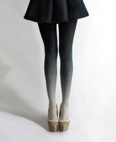 ombre tights lovin these for winter! LOVE this outfit! Looks Style, Looks Cool, Style Me, Look Fashion, Fashion Beauty, Winter Fashion, Womens Fashion, Fashion Shoes, Girl Fashion