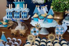 Apaixonada por esta linda Festa Marinheiro feita pela decoradora Tati Sabino.Decoração Atelier Tati SabinoLindas ideias e muita inspiração!Bjs, Fabíola Teles. ...